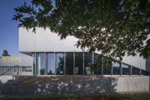 Vue depuis des arbres du bâtiment UFR STAPS de Nantes