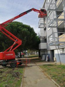 Réhabilitation avec pose de balcons par les Ateliers David de la façade de la résidence La Richarderie à Saint Nazaire